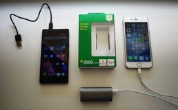 AA电池类型,设备和辅助部件细节和特写镜头和特写镜头 库存照片