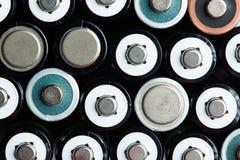 AA rozmiaru baterii tło Obrazy Stock