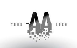 Aa un logo de lettre de pixel avec les places noires brisées par Digital Images libres de droits
