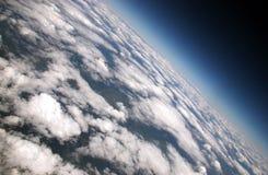 Aaaerials i skyen royaltyfri fotografi