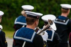 AABENRAA, DÄNEMARK - 6. JULI - 2014: Tambour-Korps an einer Parade an stockbild