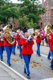 AABENRAA, DÄNEMARK - 6. JULI - 2014: Tambour-Korps an einer Parade an stockbilder