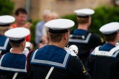 AABENRAA, DINAMARCA - 6 DE JULIO - 2014: Cuerpo de Tambour en un desfile en Fotos de archivo