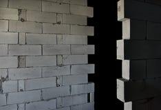 AAC cru esterilizou muros de cimento ventilados, opinião de ângulo, fundo Fotos de Stock
