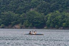 AACHEN, NIEMCY 10 2018 Czerwiec - żeglowanie łodzie cruiseing na l obrazy stock