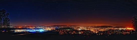 Aachen på natten Arkivfoto