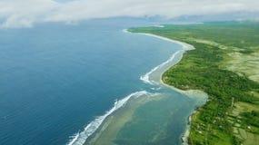 Aaerial seascape av den Ujung Genteng kusten Royaltyfri Foto