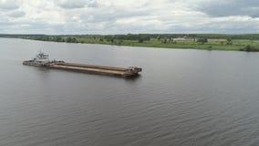 Aak op de rivier Volga