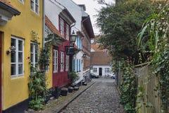 Aalborg Danmark, smala gator Royaltyfri Bild