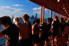 Aan boord van Staten Island Ferry stock foto