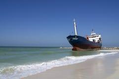 Aan de grond gezet Vrachtschip Royalty-vrije Stock Afbeelding
