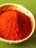 Aan de grond gezete rode Spaanse pepers Stock Afbeeldingen