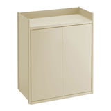 Aan de muur bevestigd kabinet voor gebruik in badkamerss en keukens Stock Afbeelding