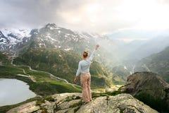 AAN de zon, Zwitserse alpen Stock Foto