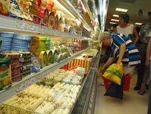 Aan het winkelen Stock Foto's
