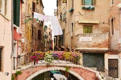 Aan Vaporetto-post, Venetië, Italië Stock Foto's