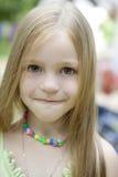 Aanbiddelijk blond kindmeisje Stock Afbeeldingen