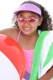 Aanbiddelijk Jong Meisje Klaar voor het Strand Royalty-vrije Stock Fotografie