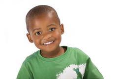 Aanbiddelijke 3 éénjarigen zwarte of Afrikaanse Amerikaanse jongen Stock Foto
