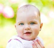 Aanbiddelijke baby Stock Foto's