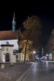 Aancientwoningen en kerk in Krakau, Polen Royalty-vrije Stock Foto