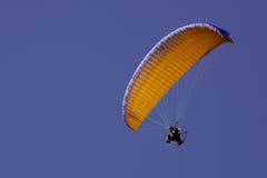 Aangedreven paraglide Royalty-vrije Stock Afbeeldingen
