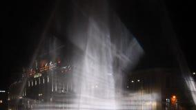 Aangestoken fontein in de lucht stock video