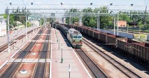 Aankomst van een trein Stock Foto