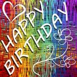 Aanplakbord van de Grunge het gelukkige verjaardag in regenbooglay-out met hart en krabbelbloem Royalty-vrije Stock Afbeelding