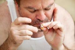 Aanstekend een Verbinding - Marihuana Stock Foto's
