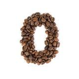 Aantal nul van geroosterde koffiebonen Witte achtergrond Royalty-vrije Stock Foto's