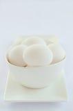 Aantal witte eieren in een kom Royalty-vrije Stock Fotografie