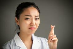 Aantrekkelijk Aziatisch meisje 20 jaar oud schot in studio Royalty-vrije Stock Foto