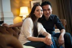 Aantrekkelijk Aziatisch Paar Stock Foto