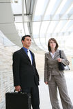 Aantrekkelijk Commercieel Team op Kantoor Royalty-vrije Stock Foto's