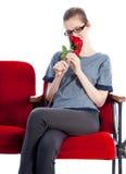 Aantrekkelijk Kaukasisch meisje in haar die 30 in studio wordt geschoten Stock Foto