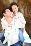 Aantrekkelijk Paar bij Strand Royalty-vrije Stock Afbeeldingen