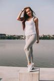 Aantrekkelijk sportenmeisje Royalty-vrije Stock Fotografie