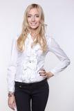 Aantrekkelijke bedrijfsvrouw in blouse en broek Royalty-vrije Stock Foto's