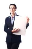 Aantrekkelijke bedrijfsvrouw met leeg document blad Stock Afbeelding