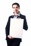 Aantrekkelijke bedrijfsvrouw met leeg document blad Stock Foto's