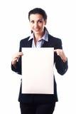 Aantrekkelijke bedrijfsvrouw met leeg document blad Royalty-vrije Stock Foto's