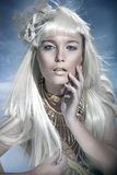 Aantrekkelijke blonde schoonheid Stock Afbeelding