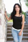 Aantrekkelijke jonge brunette stock foto