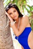 Aantrekkelijke Jonge Vrouw in een Blauw Zwempak stock afbeelding