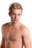 Aantrekkelijke naakte chested jonge mens. Royalty-vrije Stock Foto's