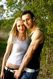 Aantrekkelijke paarportretten Stock Afbeeldingen