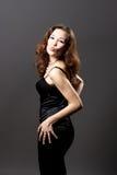 Aantrekkelijke vrouw die kus verzendt Stock Foto's
