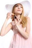 Aantrekkelijke vrouw met parfumfles Royalty-vrije Stock Fotografie