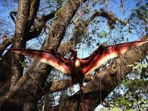 Aantrekkelijkheden binnen het Dinosauruseiland in Clark Picnic Grounds in Mabalacat, Pampanga royalty-vrije stock fotografie